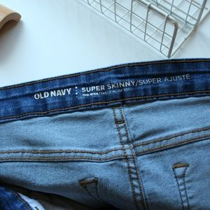 Old Navy Super Skinny Mid Rise Jeans - Size 8 Tall